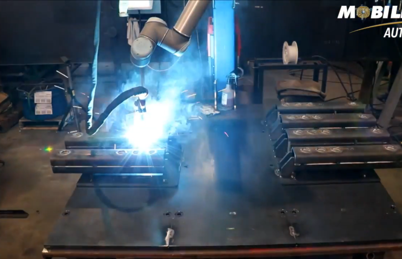 Universal Robot Welding Application